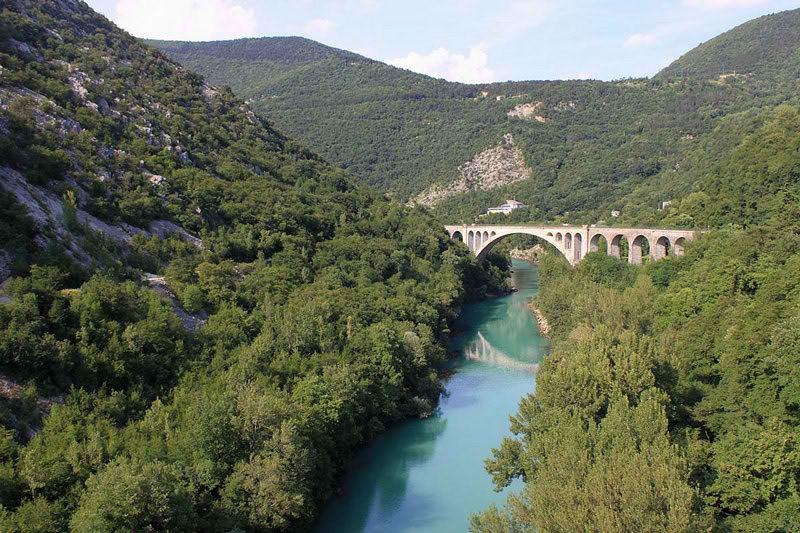 Самый большой в мире каменный мост