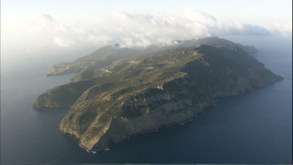 Остров Капрая (или Капрайа – Isola di Capraia)