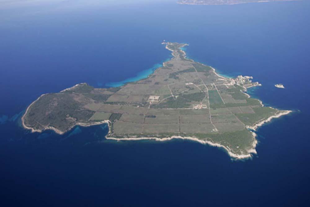 Остров Пьяноса