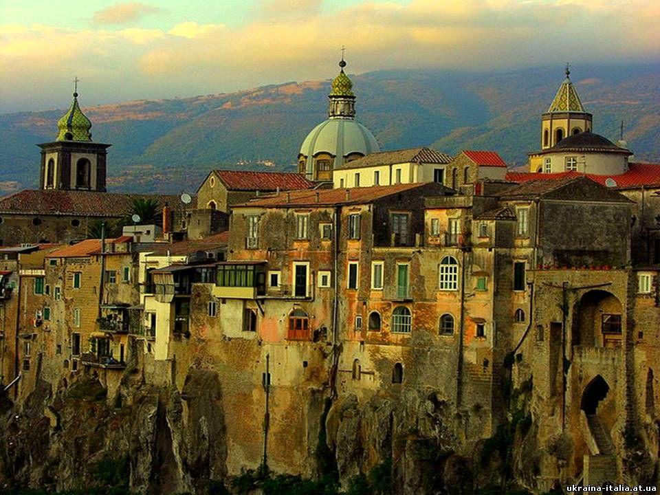 САНТ АГАТА ДЕ ГОТИ(Sant'Agata de'Goti)