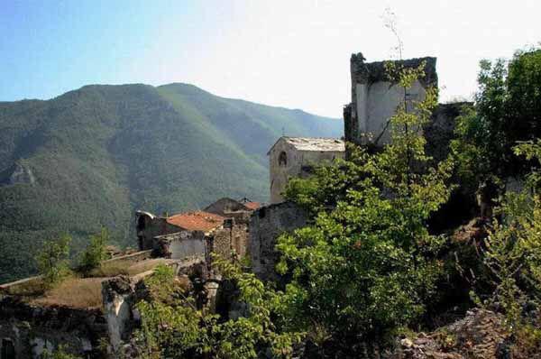 Заброшенный город: Балестрино, Италия