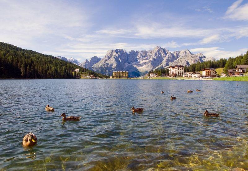 Озеро Мизурина (Lago di Misurina) - жемчужина доломитовых Альп, Венето, Италия