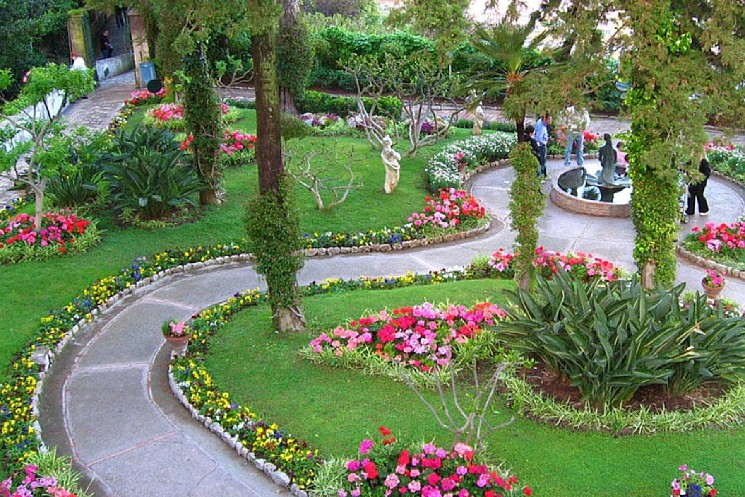 Сады Августа