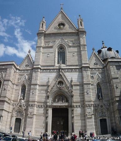 Церкви, монастыри, храмы Неаполя