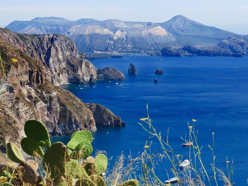 Остров Вулькано (итальянский вариант – Isola di Vulcano)